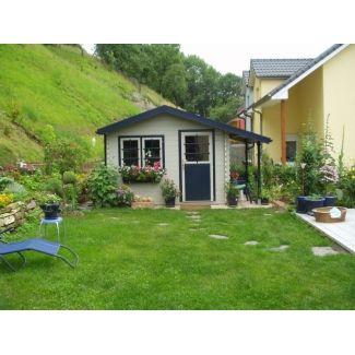 Abris de jardin classiques en bois chalet center for Grand abri de jardin