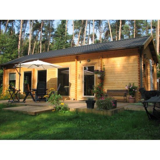 saba maisonnettes en bois en bois chalet center. Black Bedroom Furniture Sets. Home Design Ideas